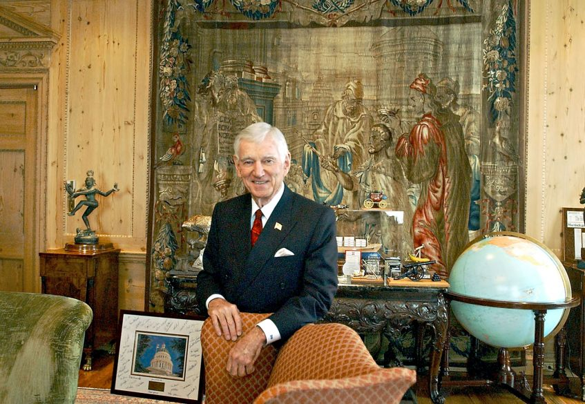 David H. Murdock Billionaire CEO of Castle and Cooke - Lanai - The Most Expensive Private Island Real Estate Transaction in History