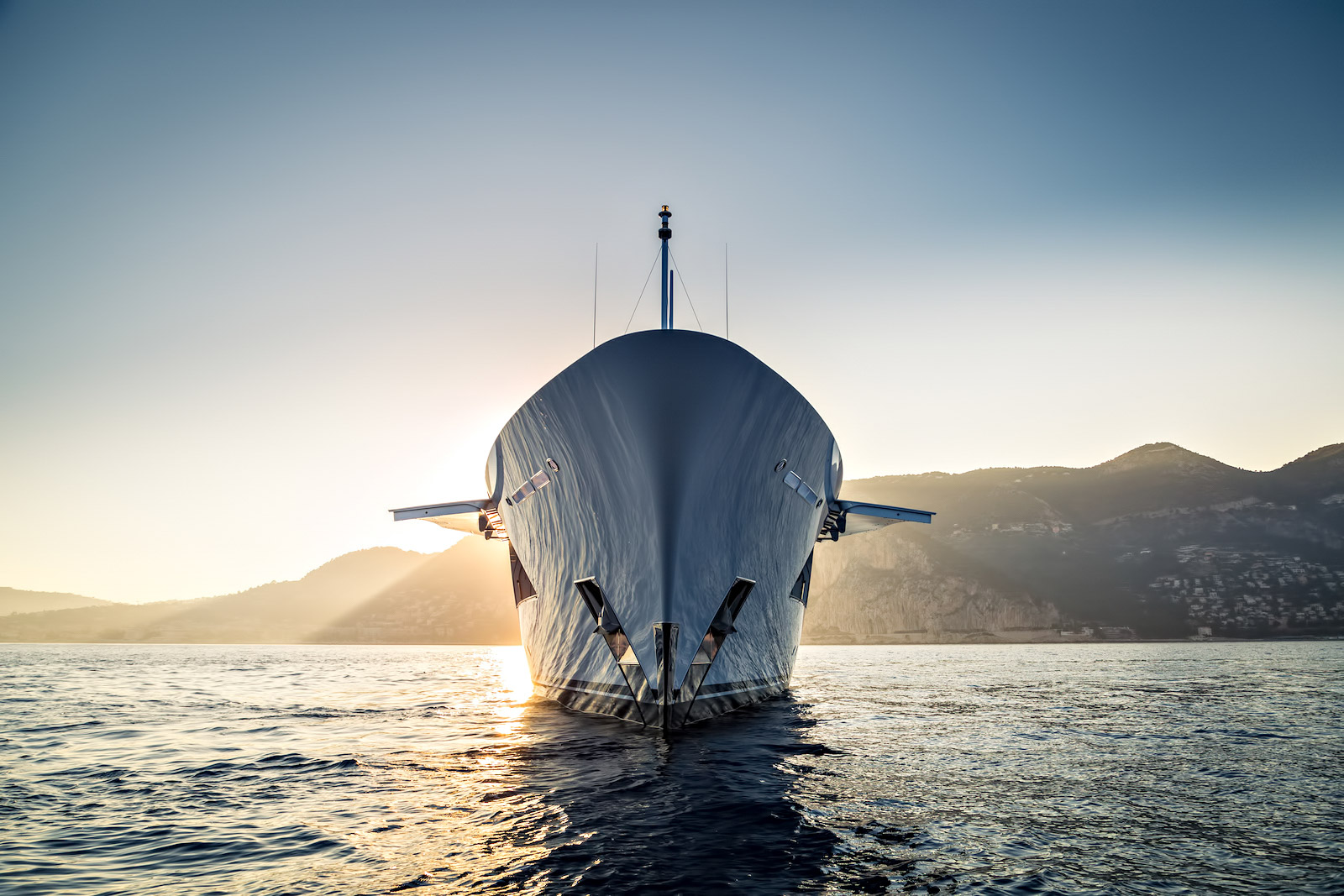 LARISA Superyacht – Dutch Built Quality and Spectacular Luxury Design