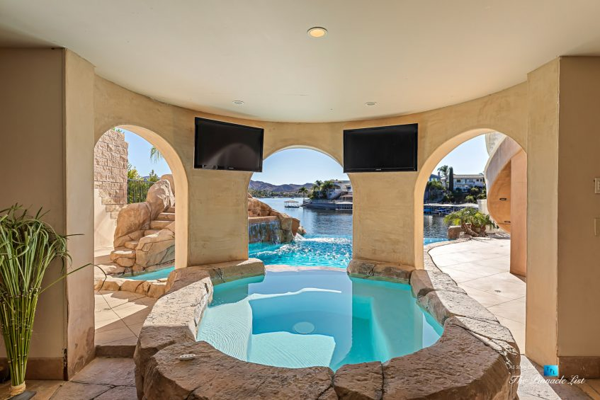 22485 Whirlaway Ct, Canyon Lake, CA, USA
