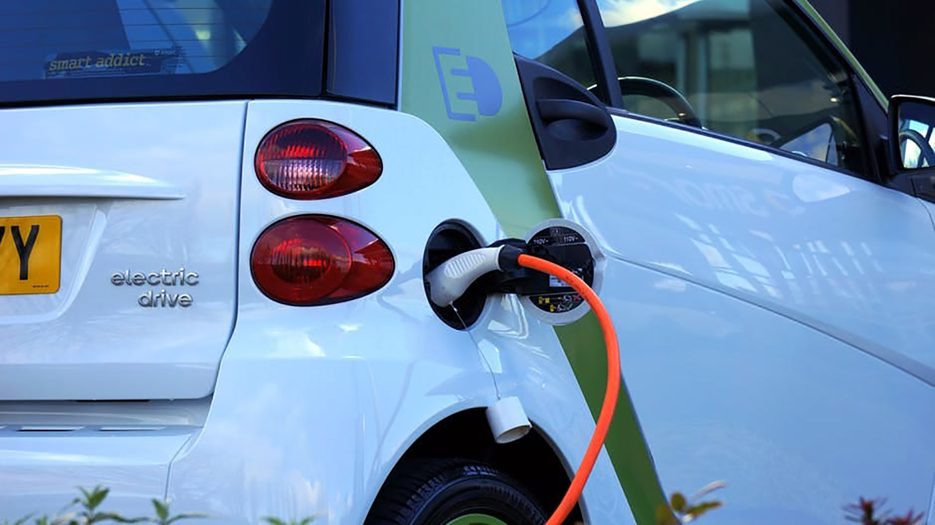 Your Ultimate Guide to Eco Friendly Car Selling and Buying