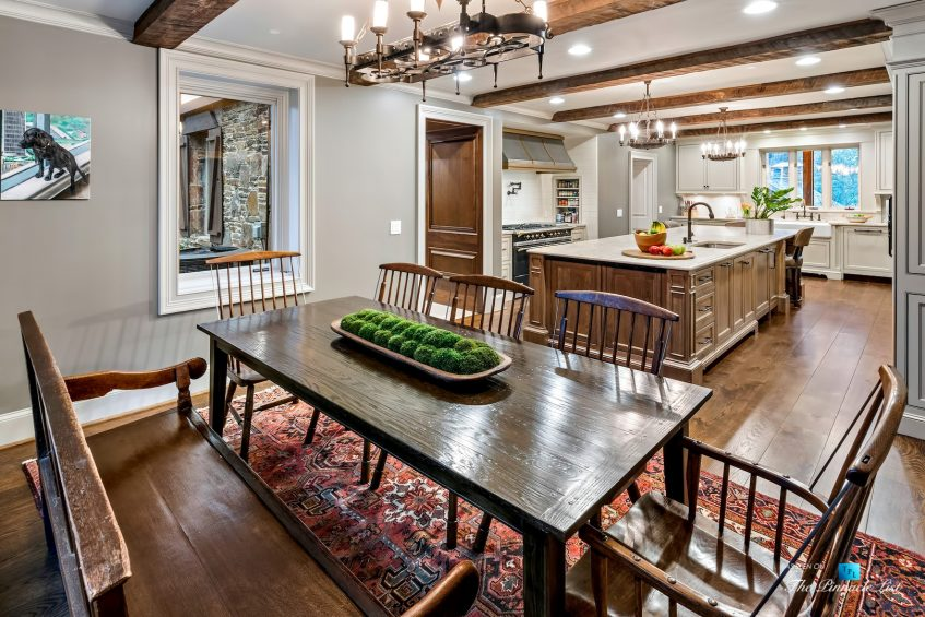 75 Finch Forest Trail, Atlanta, GA, USA - Eating Area and Kitchen - Luxury Real Estate - Sandy Springs Home