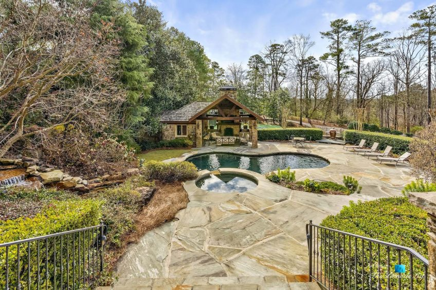 75 Finch Forest Trail, Atlanta, GA, USA - Backyard Pool and Pool House - Luxury Real Estate - Sandy Springs Home