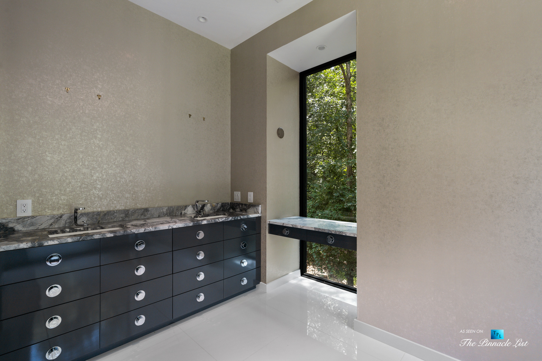 2716 Ridgewood Rd NW, Atlanta, GA, USA - Master Bathroom - Luxury Real Estate - Modern Contemporary Buckhead Home