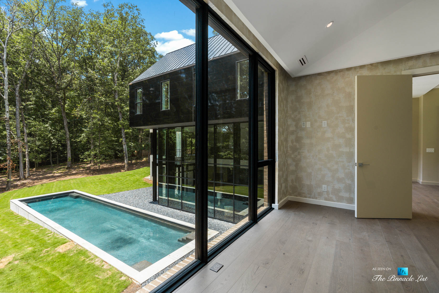 2716 Ridgewood Rd NW, Atlanta, GA, USA – Master Bedroom Pool View – Luxury Real Estate – Modern Contemporary Buckhead Home