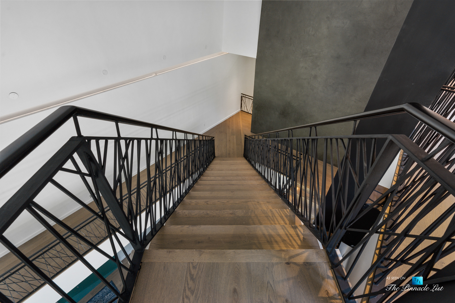 2716 Ridgewood Rd NW, Atlanta, GA, USA - Artistic Stairs - Luxury Real Estate - Modern Contemporary Buckhead Home