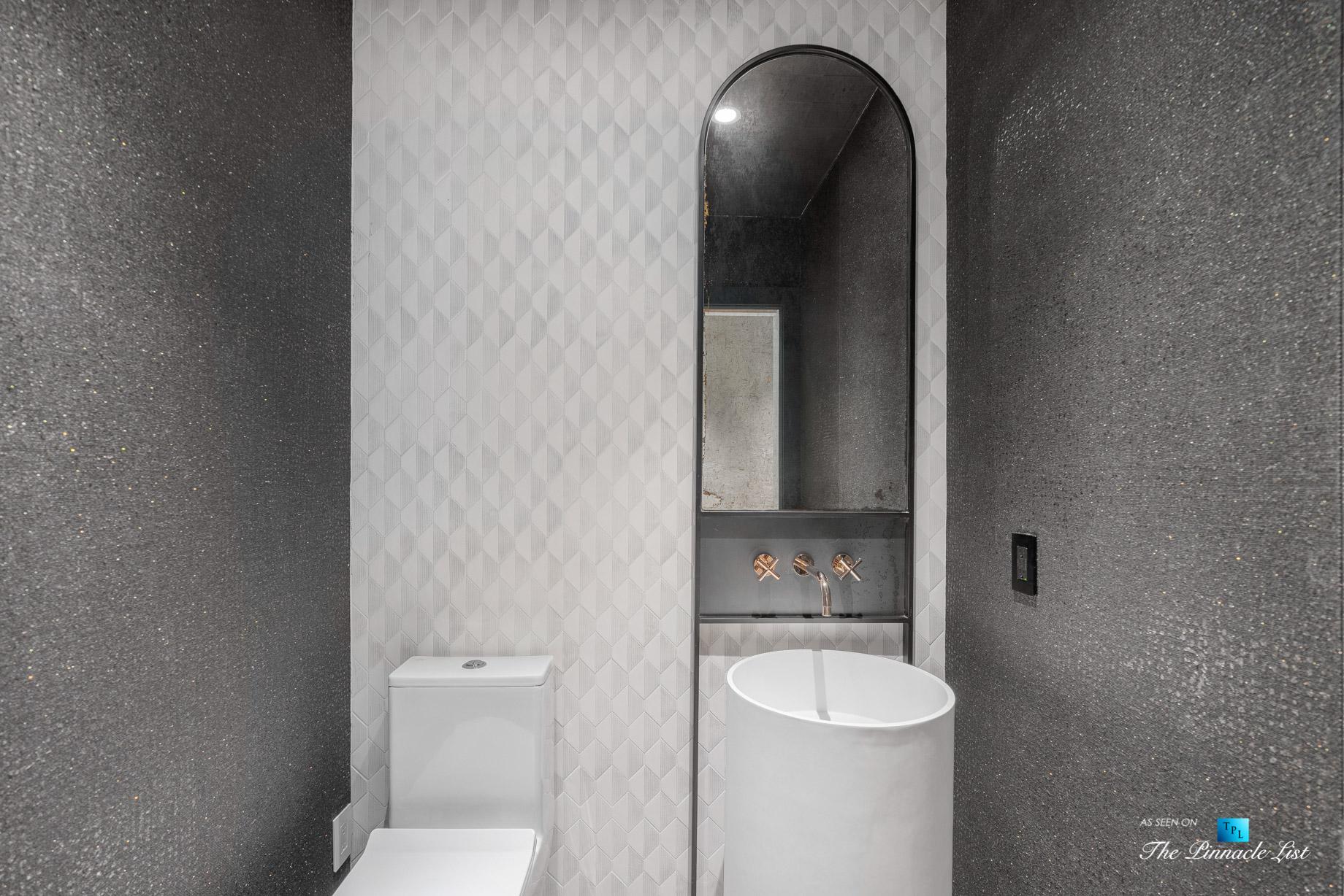 2716 Ridgewood Rd NW, Atlanta, GA, USA - Stylish Modern Washroom - Luxury Real Estate - Modern Contemporary Buckhead Home