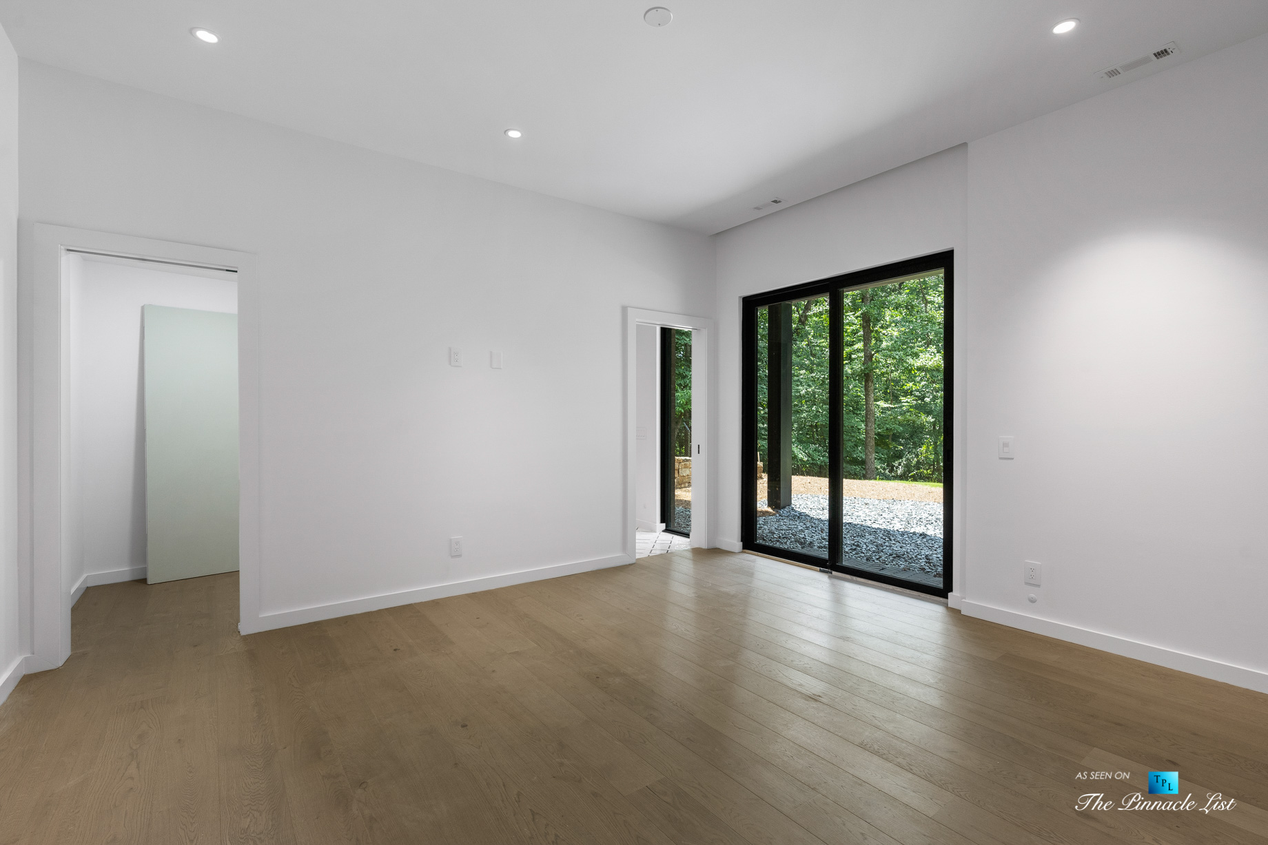 2716 Ridgewood Rd NW, Atlanta, GA, USA – Bedroom – Luxury Real Estate – Modern Contemporary Buckhead Home