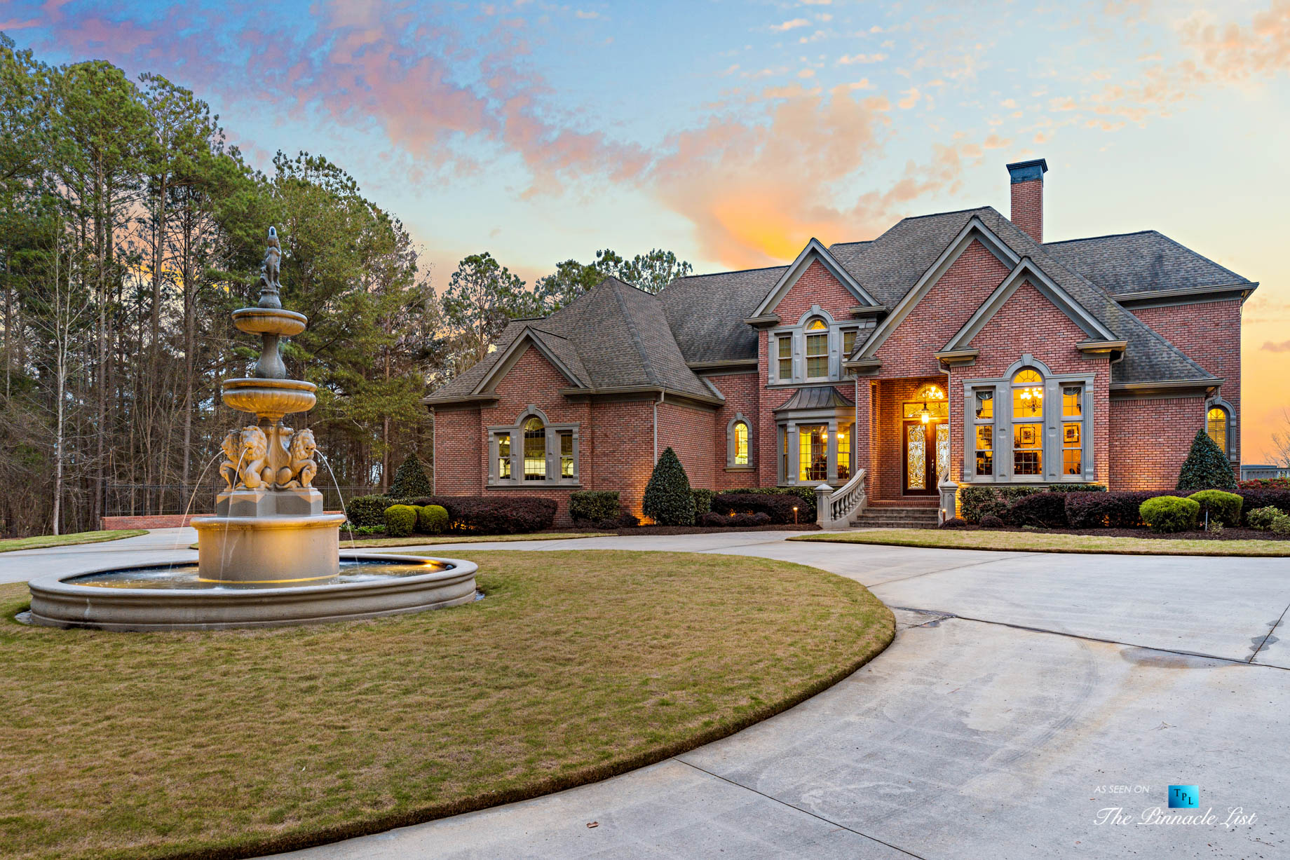 2219 Costley Mill Rd NE, Conyers, GA, USA – Circular Driveway Fountain – Luxury Real Estate – Equestrian Country Home