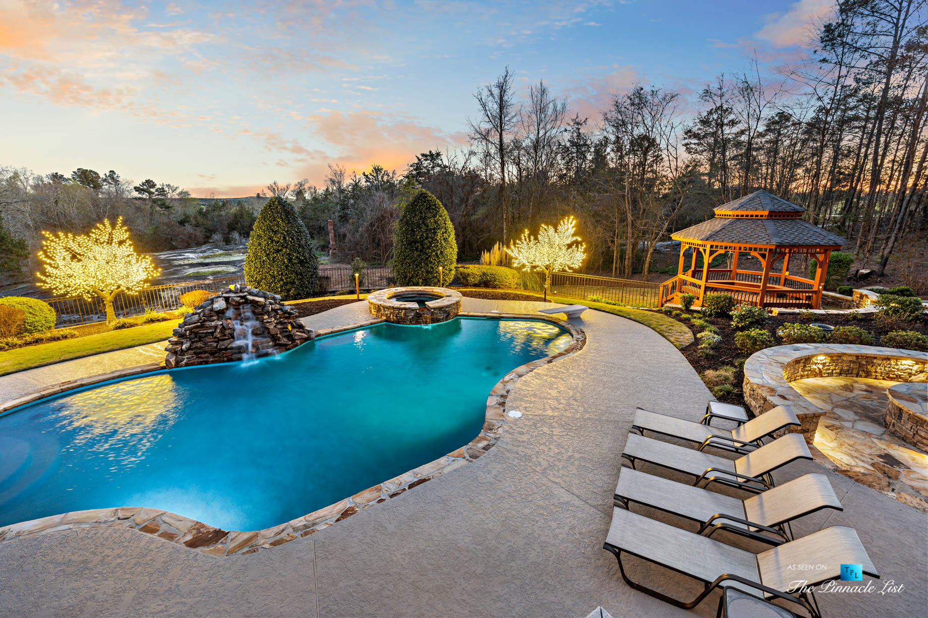2219 Costley Mill Rd NE, Conyers, GA, USA – Backyard Pool and Hot Tub – Luxury Real Estate – Equestrian Country Home