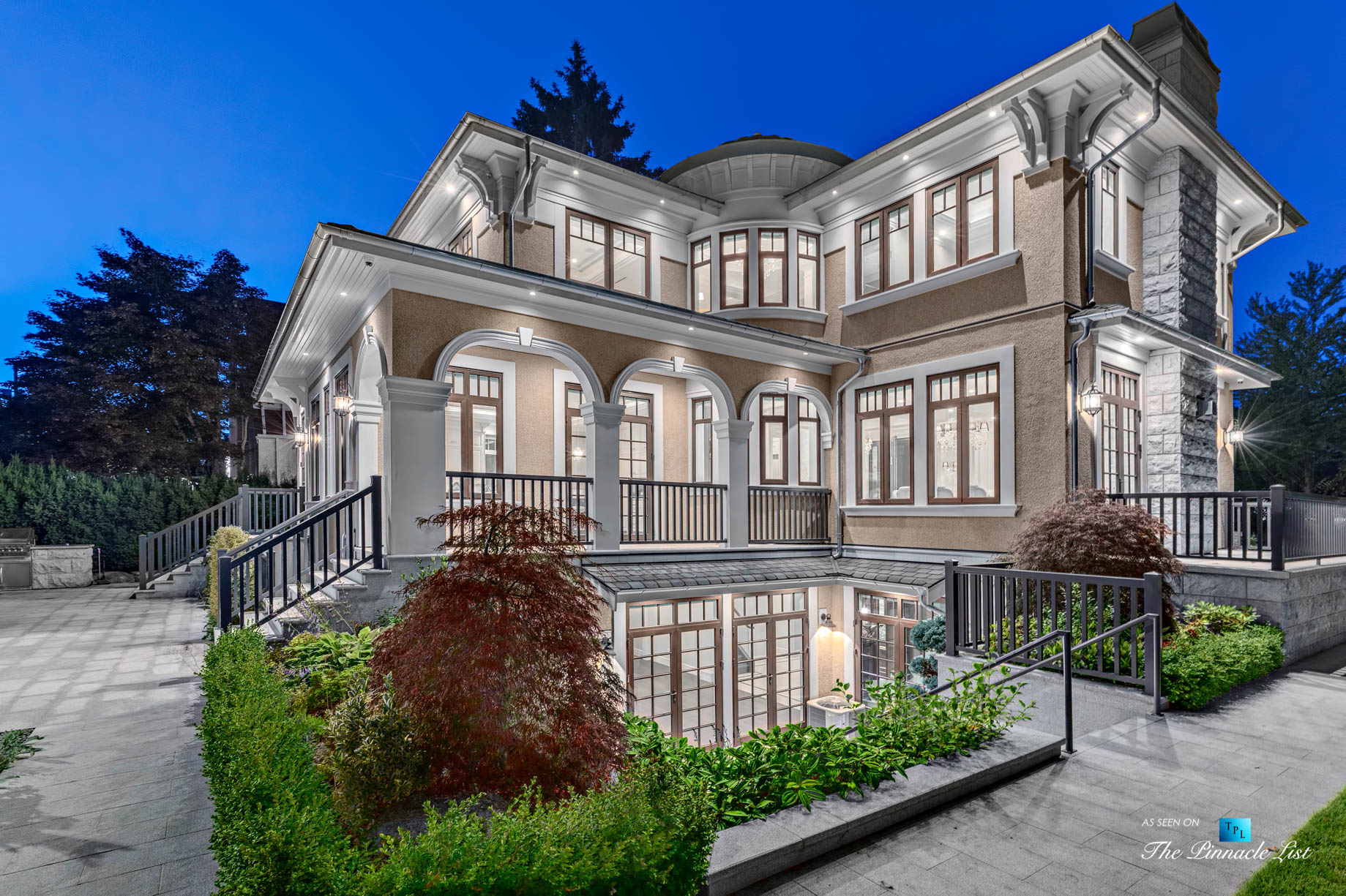 Luxury Real Estate - 5887 Adera St, Vancouver, BC, Canada