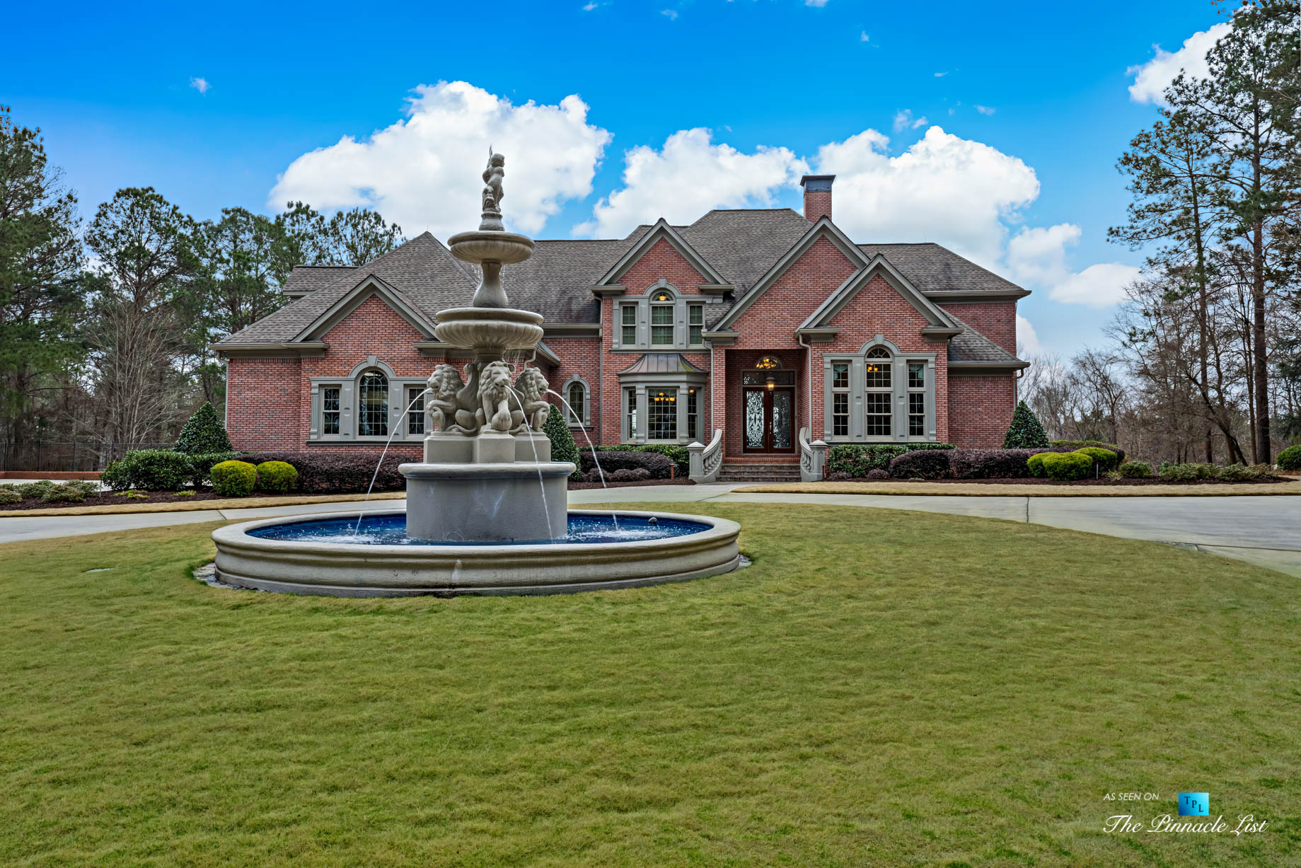 2219 Costley Mill Rd NE, Conyers, GA, USA – Front House Fountain View – Luxury Real Estate – Equestrian Country Home