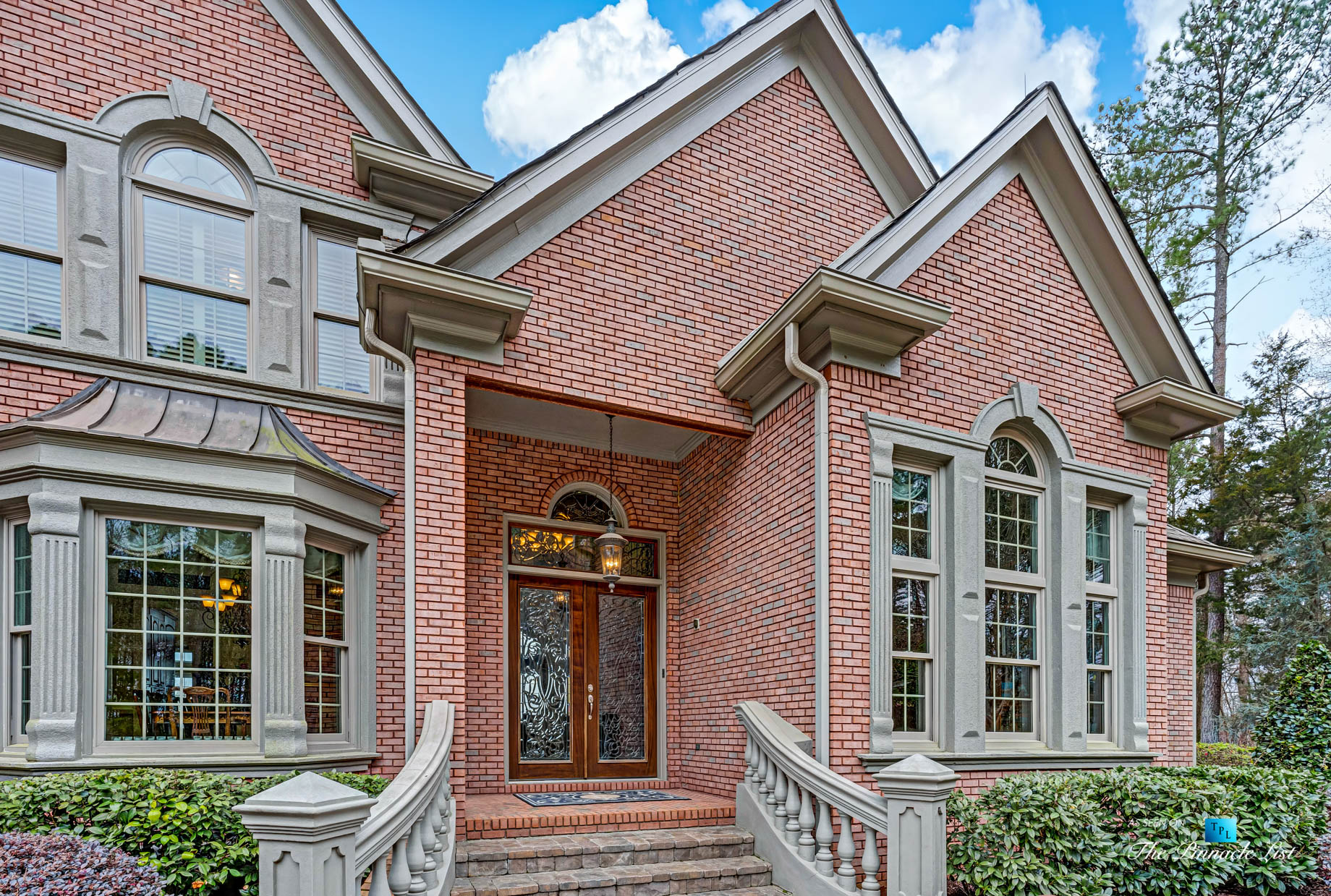 2219 Costley Mill Rd NE, Conyers, GA, USA - Front House Entrance Glass Doors - Luxury Real Estate - Equestrian Country Home