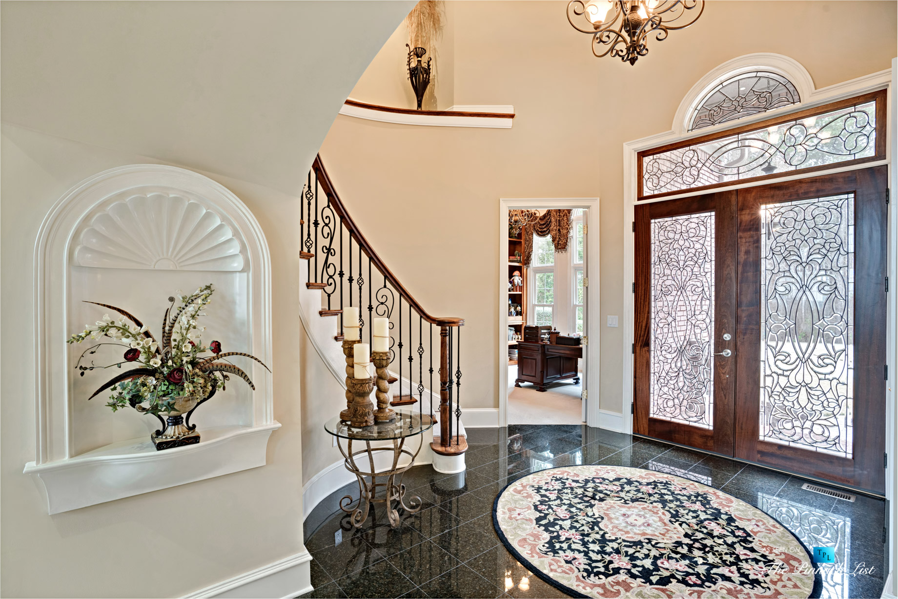 2219 Costley Mill Rd NE, Conyers, GA, USA – Front Door Foyer – Luxury Real Estate – Equestrian Country Home