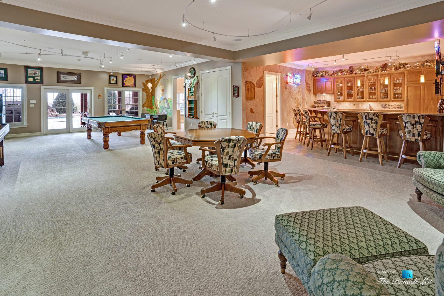 2219 Costley Mill Rd NE, Conyers, GA, USA - Entertainment Room and Bar - Luxury Real Estate - Equestrian Country Home