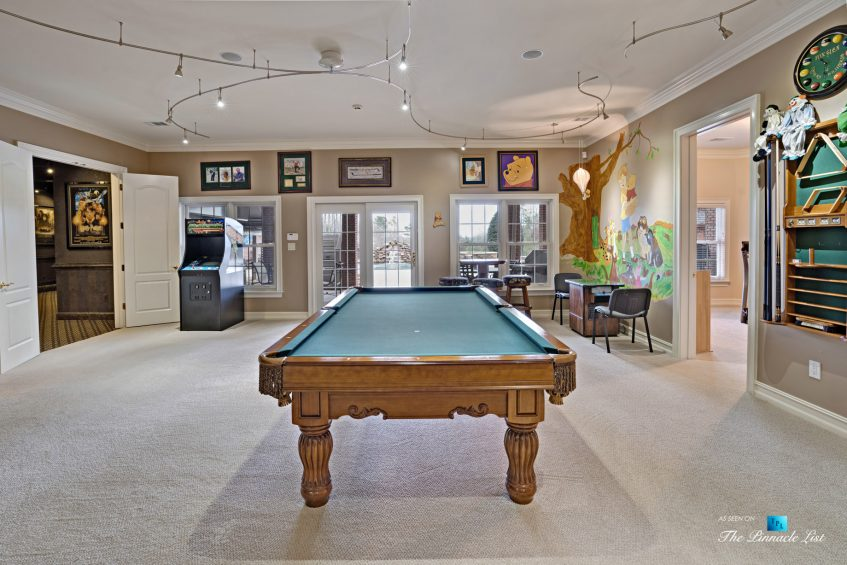 2219 Costley Mill Rd NE, Conyers, GA, USA - Entertainment Room Pool Table - Luxury Real Estate - Equestrian Country Home