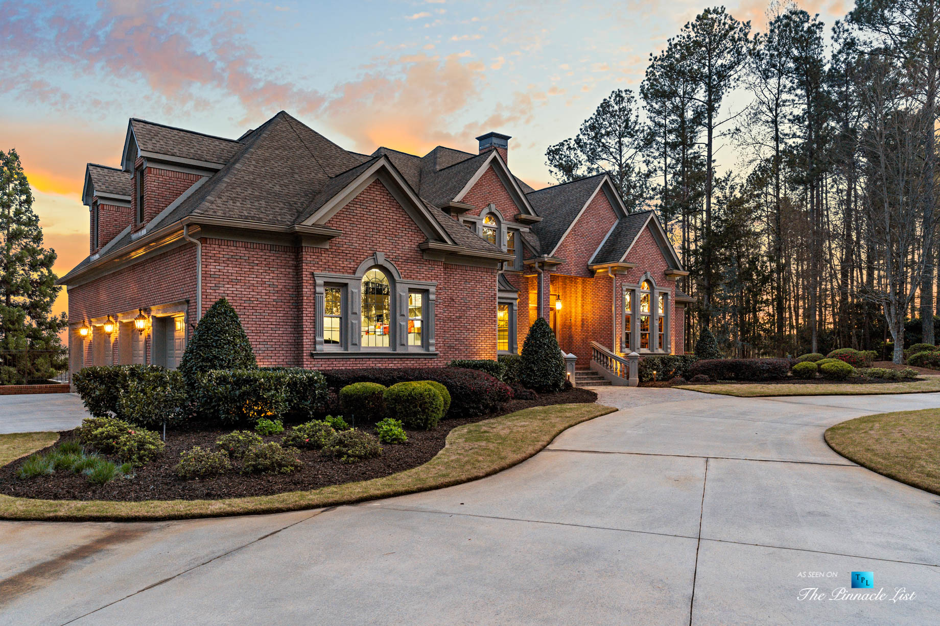 2219 Costley Mill Rd NE, Conyers, GA, USA - Sunset Front House View - Luxury Real Estate - Equestrian Country Home