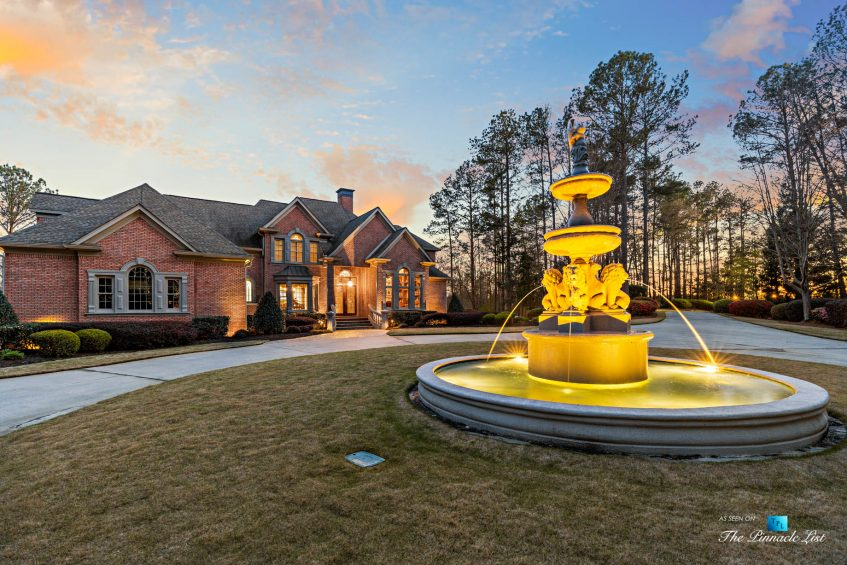 2219 Costley Mill Rd NE, Conyers, GA, USA - Sunset Front House Water Fountain View - Luxury Real Estate - Equestrian Country Home