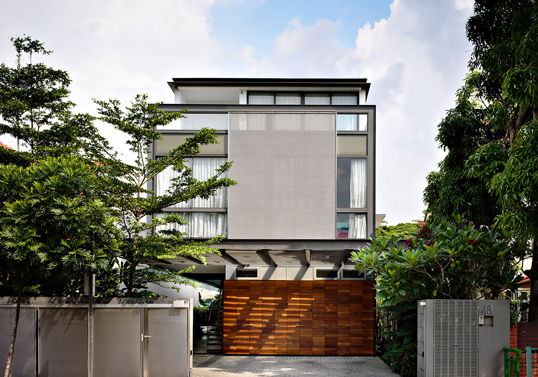 Discreetly Detached Luxury Home - Princess of Whales Rd, Singapore