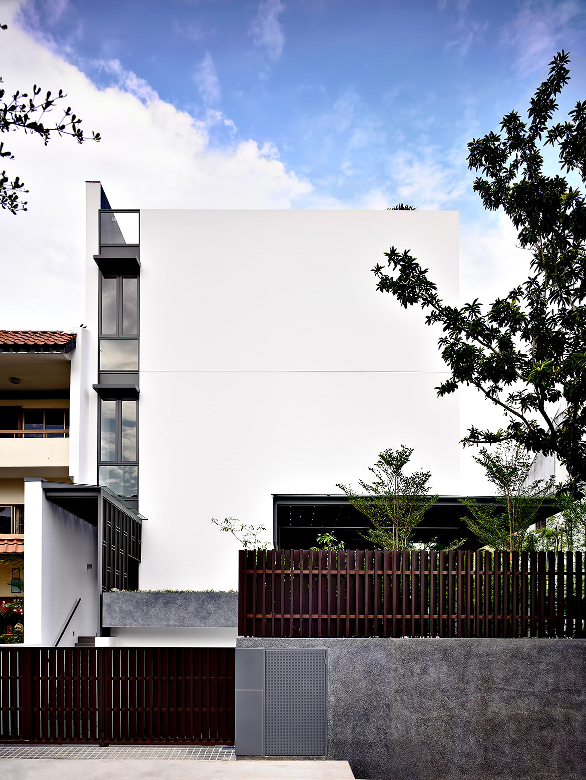 Vertical Court Luxury Residence - Greenbank Park, Singapore