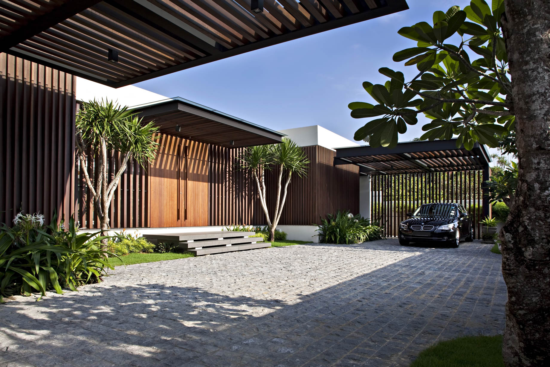Enclosed Open House Luxury Residence – Ramsgate Rd, Singapore