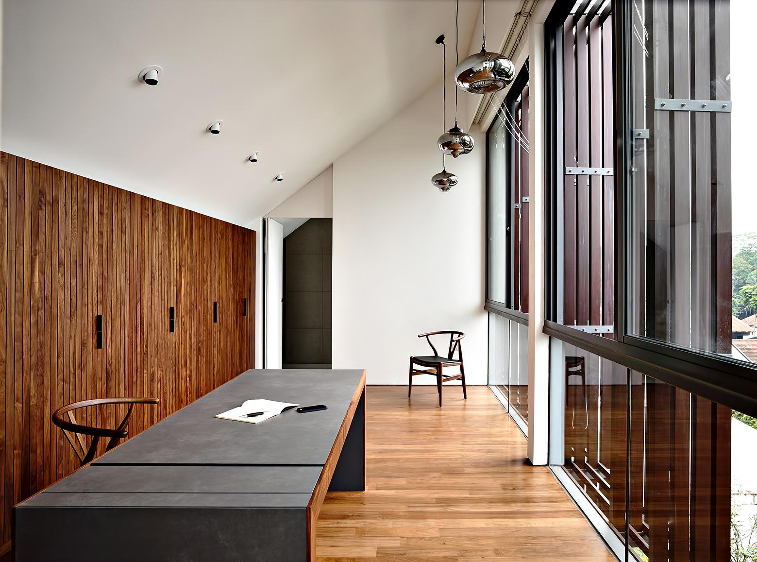 Vertical Court Luxury Residence – Greenbank Park, Singapore