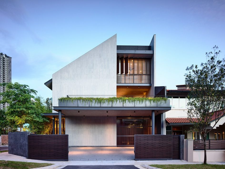 Cascading Courts Luxury House - Faber Drive, Singapore