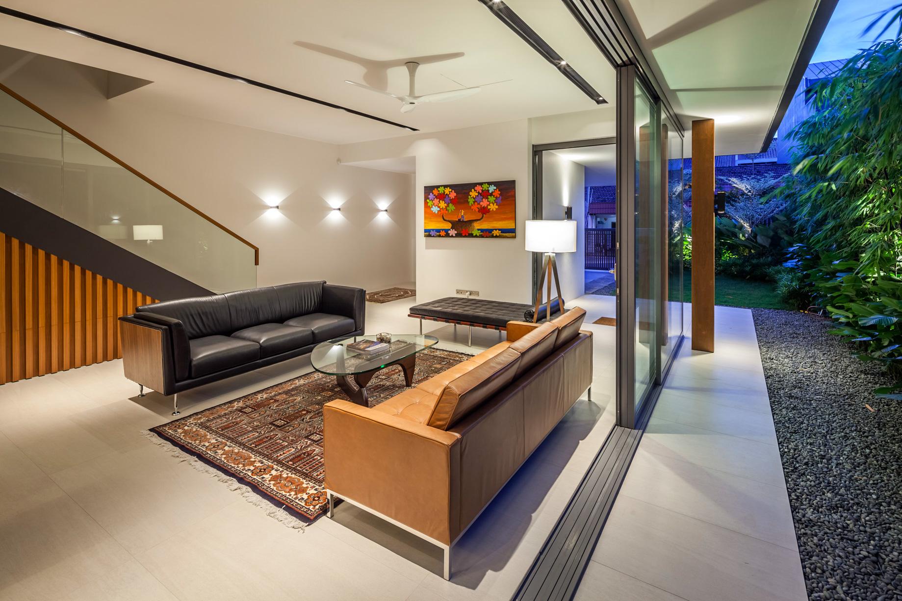 Sunny Side House Luxury Residence – Serangoon, Singapore