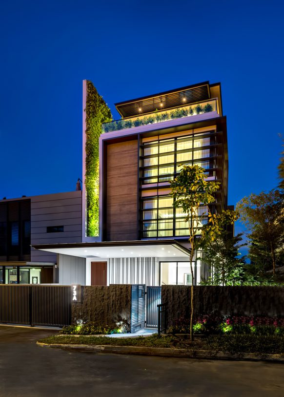 Green Wall House Luxury Residence - Singapore