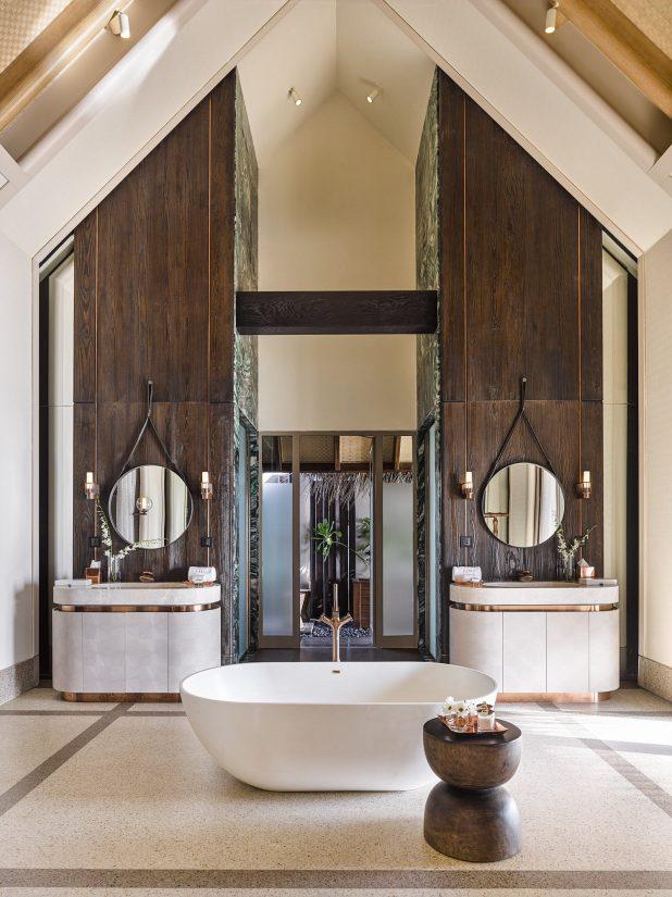 Joali Maldives Luxury Resort - Muravandhoo Island, Maldives - Water Villa Bathroom