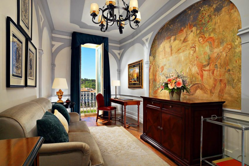 The St. Regis Florence Luxury Hotel - Florence, Italy - Grand Deluxe Suite Palazzo Vecchio Living Room
