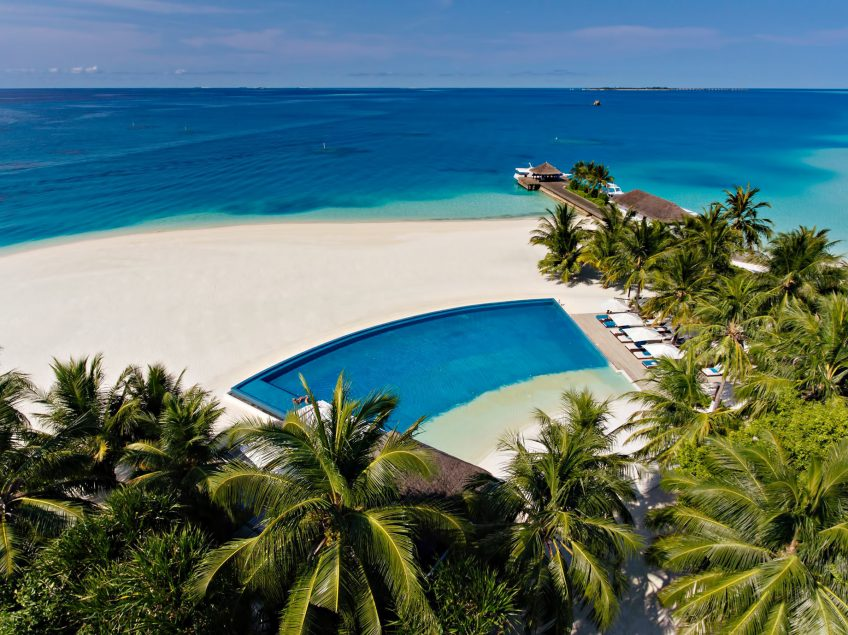 Velassaru Maldives Luxury Resort - South Male Atoll, Maldives - Infinity Pool