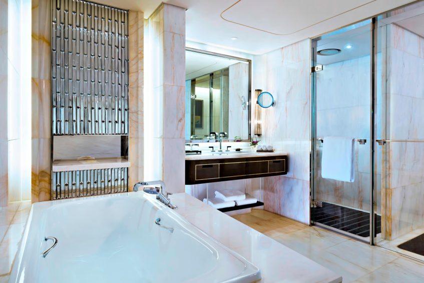 The St. Regis Shenzhen Luxury Hotel - Shenzhen, China - St. Regis Suite Bathroom