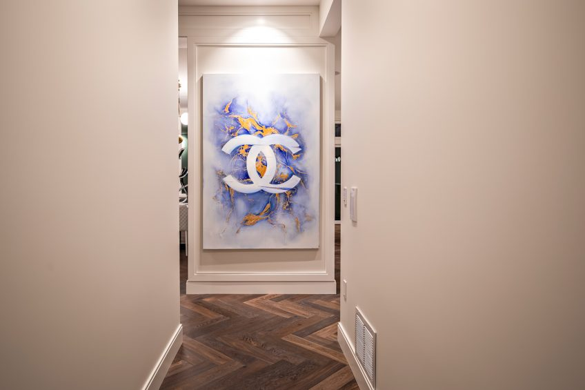 2121 Union Court, West Vancouver, BC, Canada - Hallway Interior