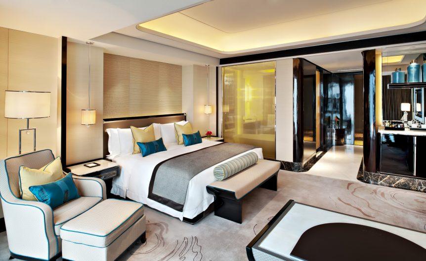 The St. Regis Shenzhen Luxury Hotel - Shenzhen, China - Deluxe City View Room