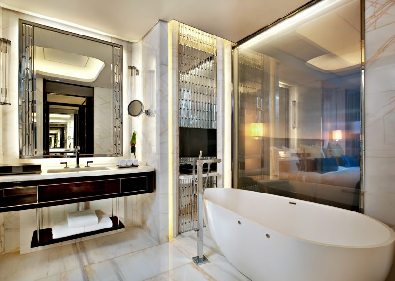 The St. Regis Shenzhen Luxury Hotel - Shenzhen, China - Deluxe Bathroom