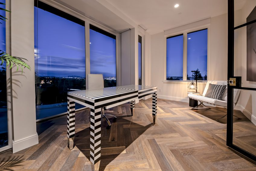 2121 Union Court, West Vancouver, BC, Canada - Office