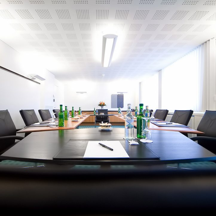 Tschuggen Grand Luxury Hotel - Arosa, Switzerland - Meeting Room