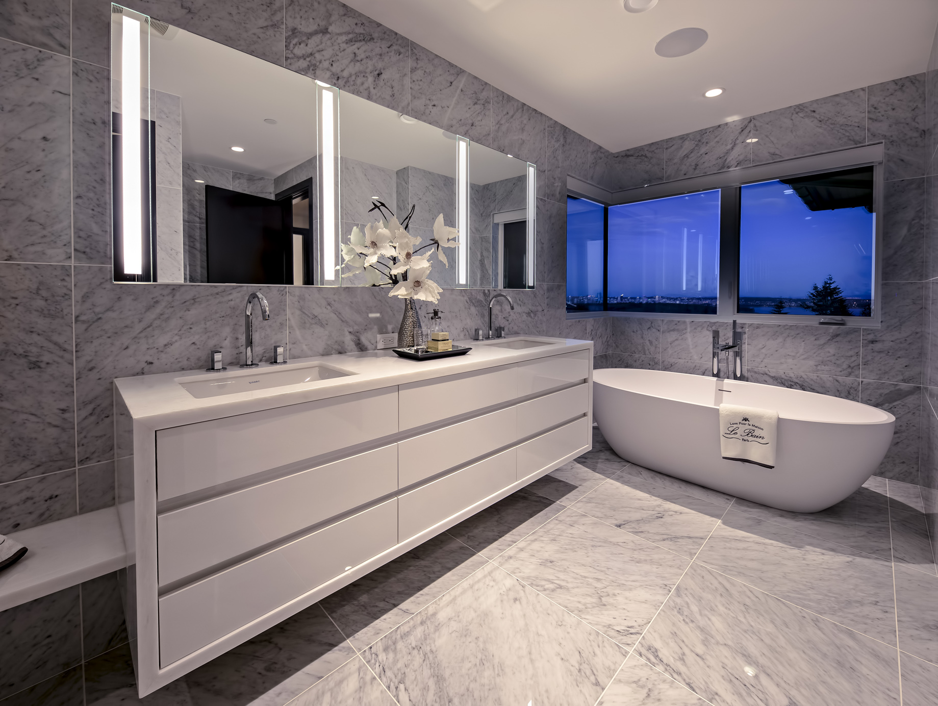 2121 Union Court, West Vancouver, BC, Canada - Master Bathroom - Luxury Real Estate - West Coast Modern Home