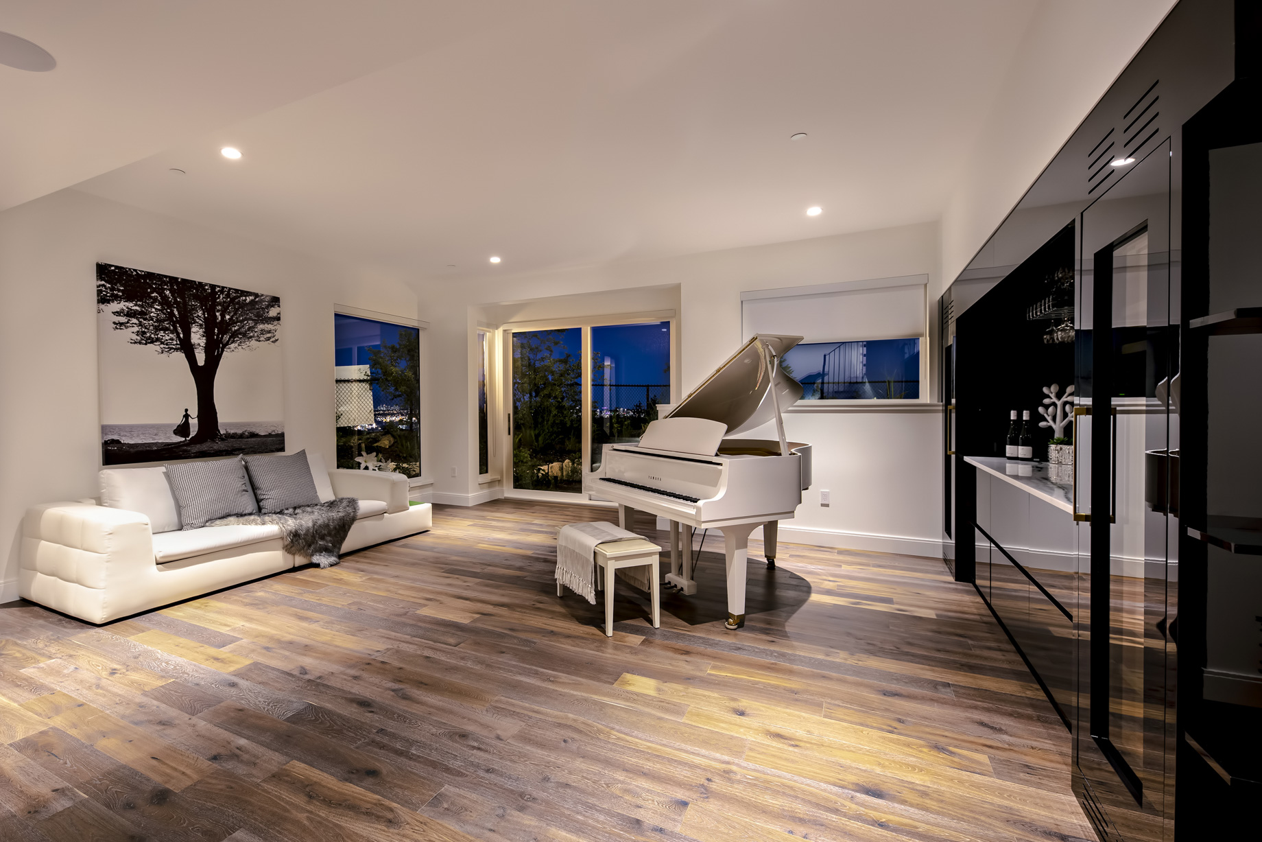 2121 Union Court, West Vancouver, BC, Canada – Entertainment Room – Luxury Real Estate – West Coast Modern Home