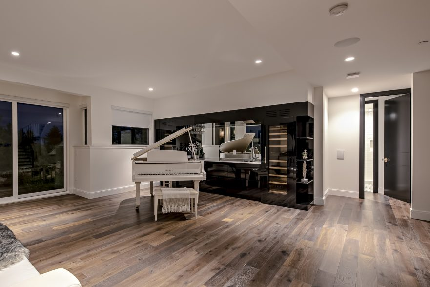 2121 Union Court, West Vancouver, BC, Canada - Entertainment Room - Luxury Real Estate - West Coast Modern Home