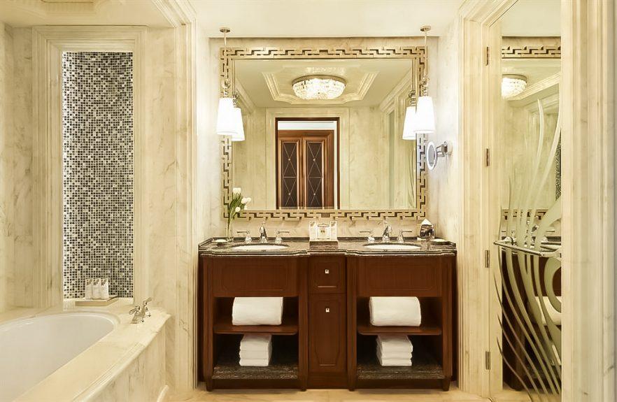 The St. Regis Abu Dhabi Luxury Hotel - Abu Dhabi, United Arab Emirates - Junior Suite Bathroom