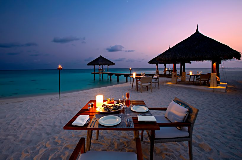 Velassaru Maldives Luxury Resort - South Male Atoll, Maldives - Beach Sunset Dining