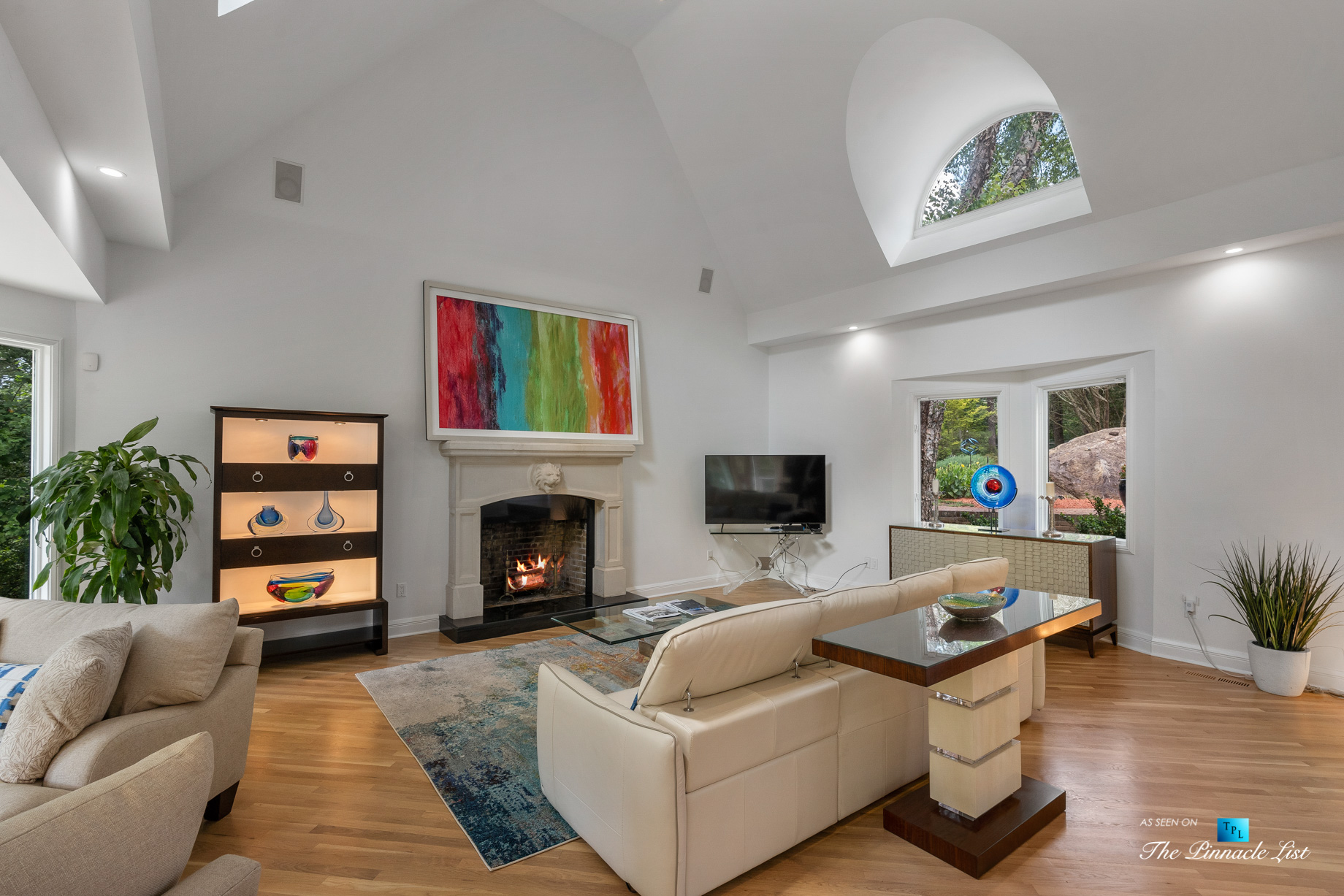 3906 Paces Ferry Rd NW, Atlanta, GA, USA - Living Room with Fireplace - Luxury Real Estate - Buckhead Home