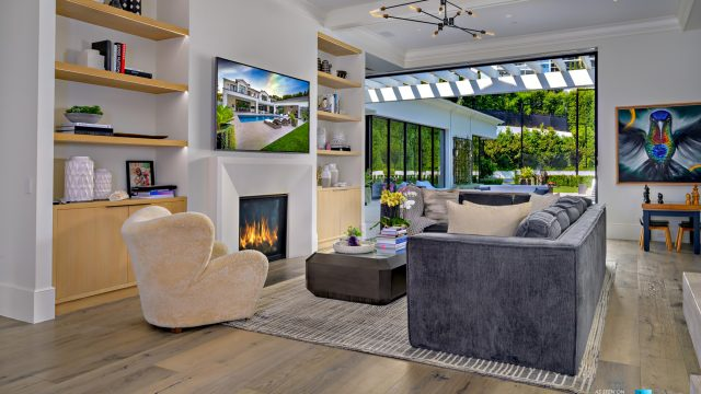 Luxury Real Estate - 807 Cinthia St, Beverly Hills, CA, USA