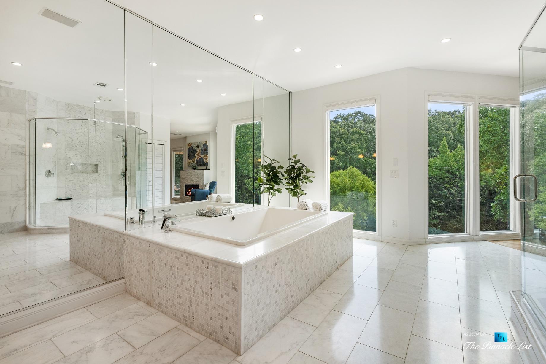 3906 Paces Ferry Rd NW, Atlanta, GA, USA – Master Bathroom Tub – Luxury Real Estate – Buckhead Home
