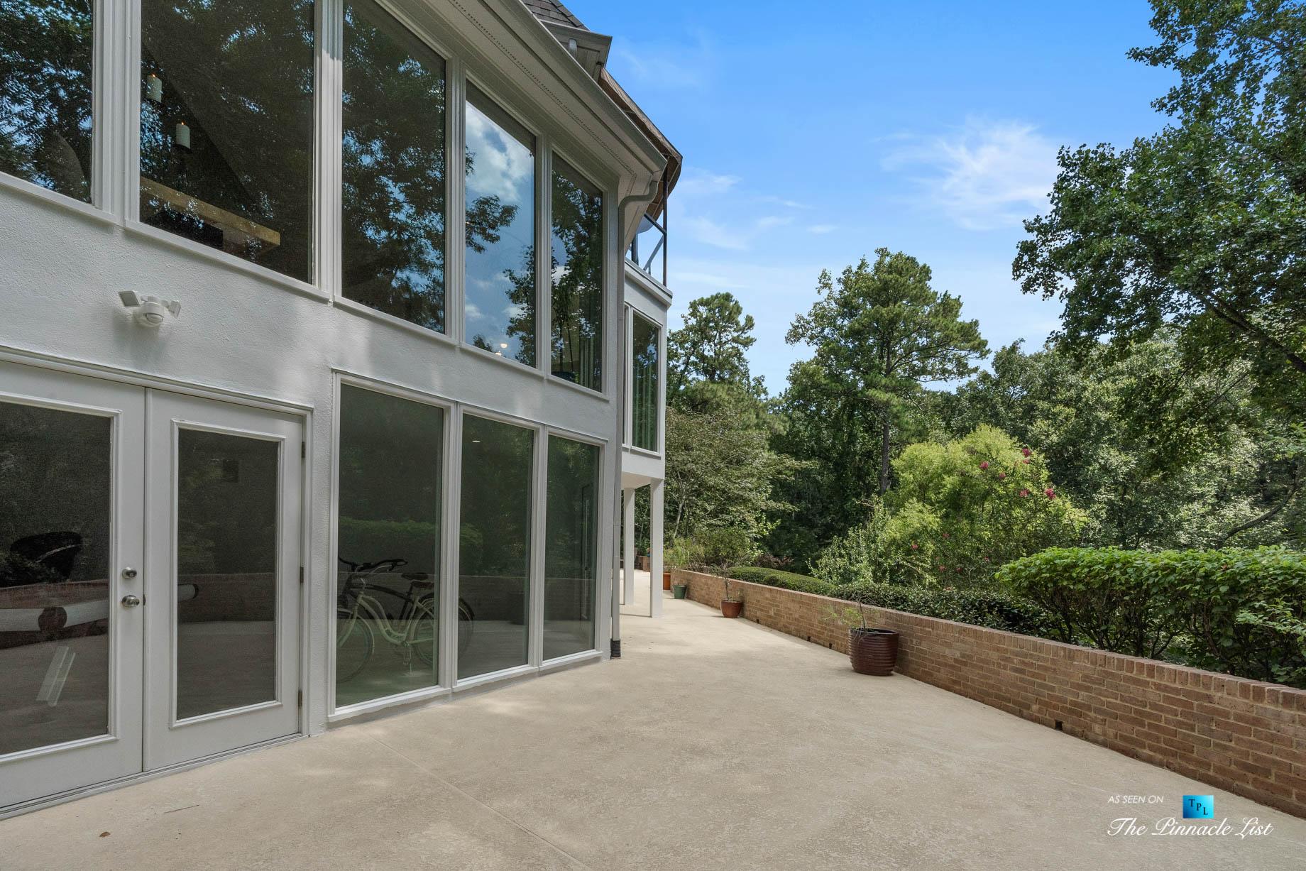 Luxury Real Estate - 3906 Paces Ferry Rd NW, Atlanta, GA, USA