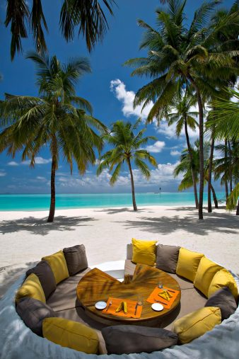 Gili Lankanfushi Luxury Resort - North Male Atoll, Maldives - Beach Lounge Oceanfront Dining