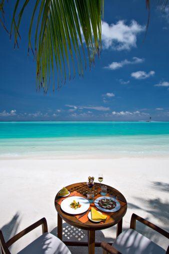 Gili Lankanfushi Luxury Resort - North Male Atoll, Maldives - Tropical Beach Table Oceanfront Dining