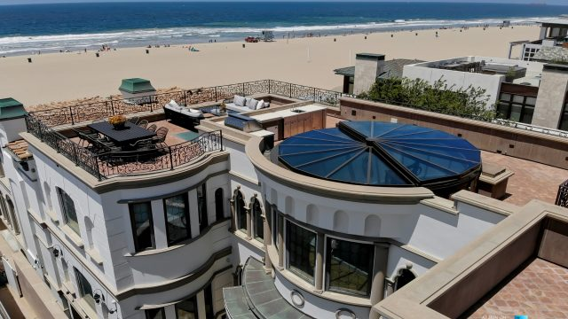 Luxury Real Estate - 2806 The Strand, Hermosa Beach, CA, USA - Roof Deck