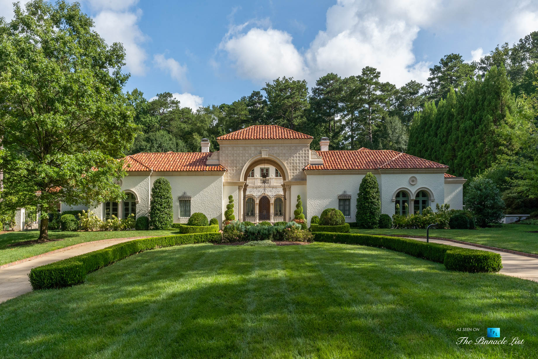 439 Blackland Rd NW, Atlanta, GA, USA – Front Yard Entrance View – Luxury Real Estate – Berndsen Custom Mansion Home